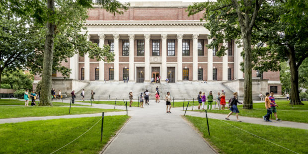 Calculating College Aid and the Role of Expected Family Contribution